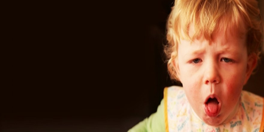 Çocuklarda geçmeyen öksürüğe dikkat