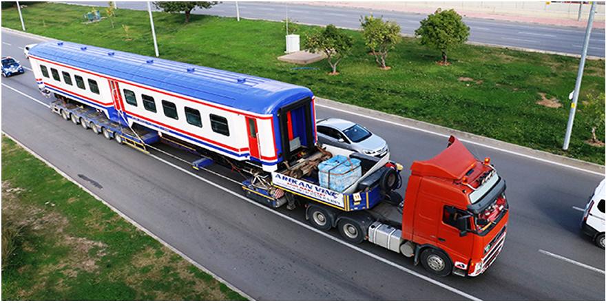 Antalya'ya raydan önce tren geldi
