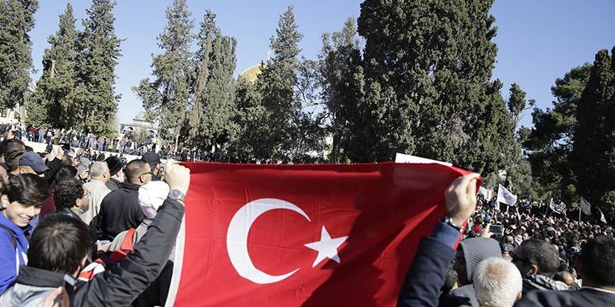 İsrail'in gözaltına aldığı 3 Türk vatandaşı mahkemeye çıkarılacak