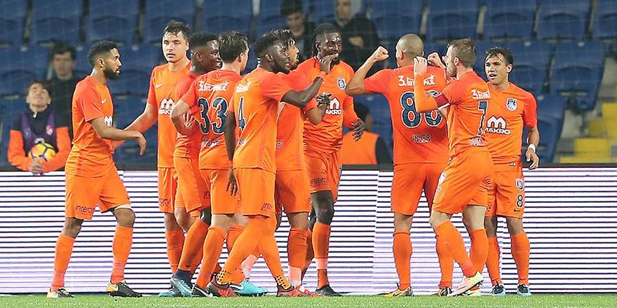 Süper Lig'de ilk devre Medipol Başakşehir'in liderliğiyle sona erdi