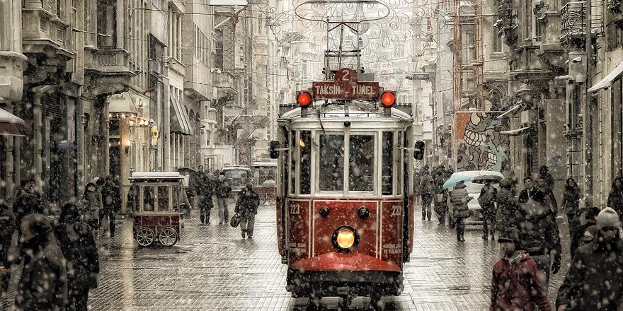 Taksim'deki nostaljik tramvay perşembe günü açılıyor